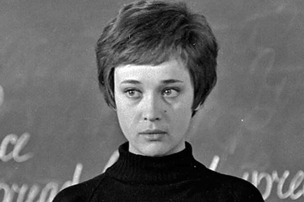 Из жизни ушла звезда фильма «Доживем до понедельника» Ирина Печерникова