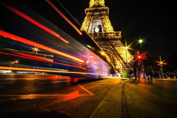 Скорость движения авто в Париже с 30 августа ограничена до 30 км/ч