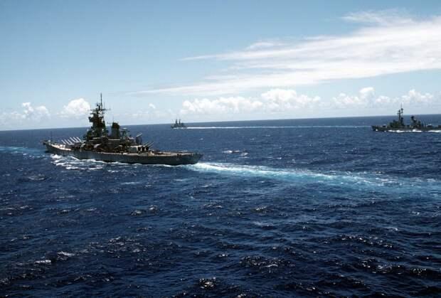 Новая провокация: эксперты об американском эсминце в Черном море