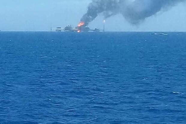На платформе Pemex в Мексиканском заливе случился новый взрыв