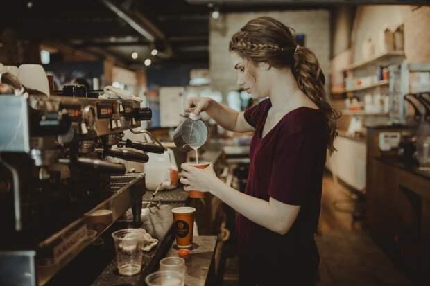 В Удмуртии введут ограничения по времени работы кафе и ресторанов