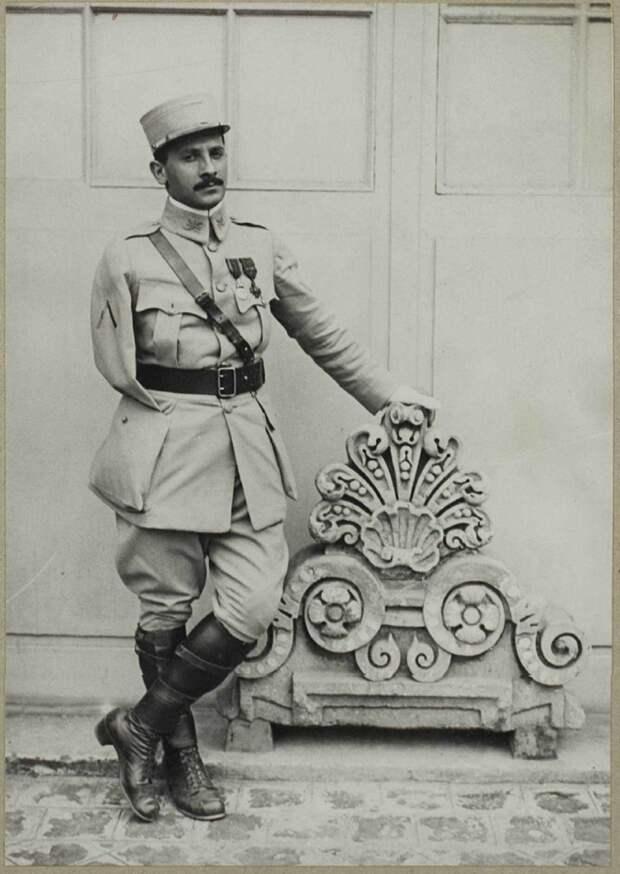 Как приемный сын Горького стал французским дипломатом