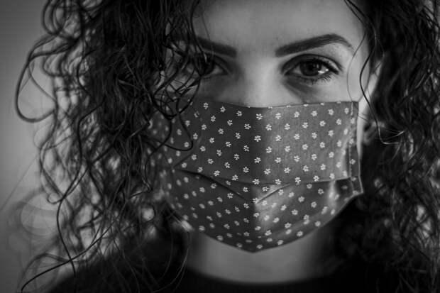 В Крыму из-за угрозы коронавируса наблюдаются 3 039 человек