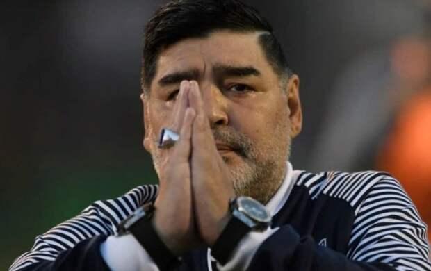 Адвокат Марадоны назвал возможную причину смерти легендарного футболиста