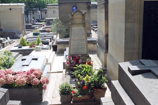 «Я был страстно влюблён в свою мать»: 200 лет со дня рождения Шарля Бодлера