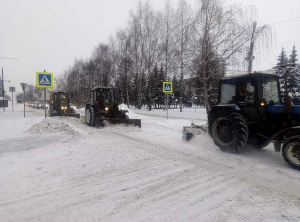 Снежный январь в Ижевске, новая зарплата Дмитрия Медведева и медицинская чрезвычайная ситуация международного значения: что произошло минувшей ночью