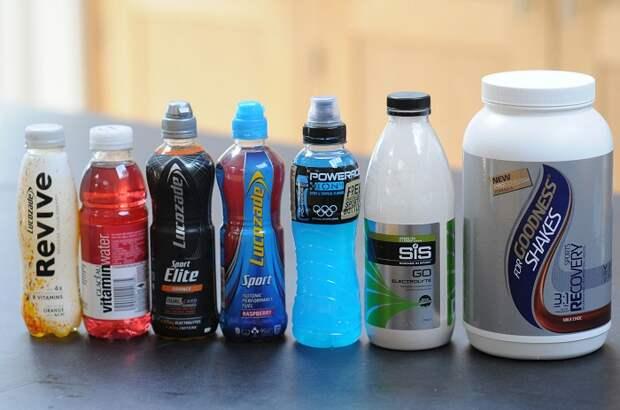 Спортивные напитки не утоляют жажду. / Фото: ozon.ru