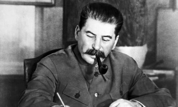 Переселение народов в качестве профилактической меры вполне было в духе Сталина.