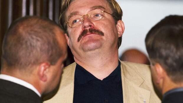 Перебежчик Евгений Киселев оставил в России многомиллионные долги и жену