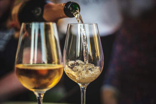 8 плюсов: чем полезно шампанское