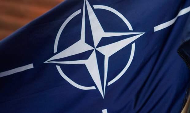 Американская демократия идет на штурм: НАТО поможет Киеву сорвать выборы на Донбассе