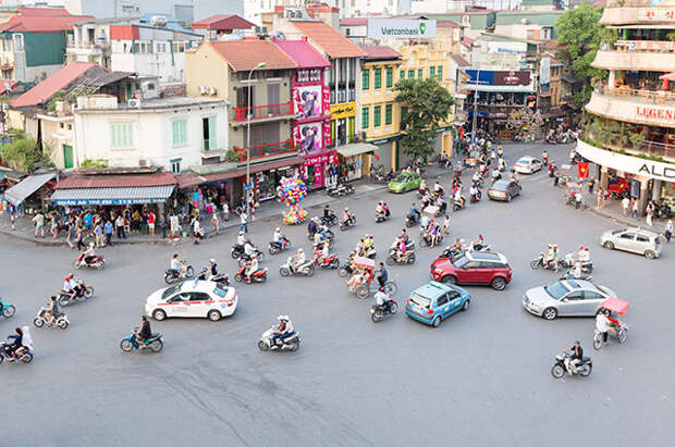 Улицы вьетнамского города.