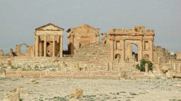 Только 25% всех римских императоров умерли естественной смертью