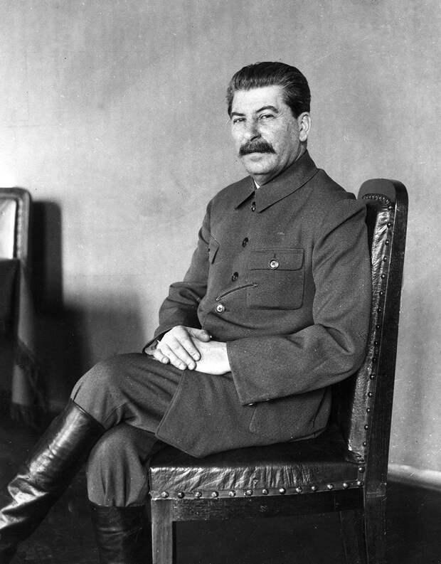 Почему Сталин назвал себя Сталиным