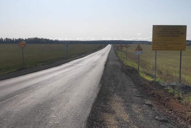 Половина пути: в Удмуртии продолжают работы по восстановлению проезда по местным дорогам