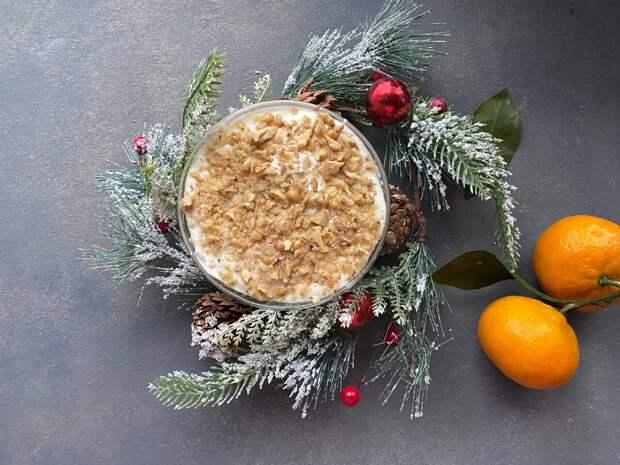 Десерт, который мы готовим только на Новый год. Делается 15 минут, а съедается еще быстрее
