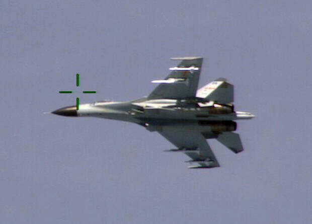 Китайская копия российского Су-27СК получила радар с АФАР