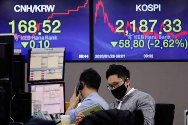 Японский фондовый рынок подсчитывает убытки из-за обострения ситуации с коронавирусом