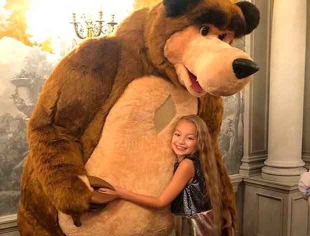 Что известно оюной актрисе, озвучивающей сейчас Машу измультфильма «Маша иМедведь»