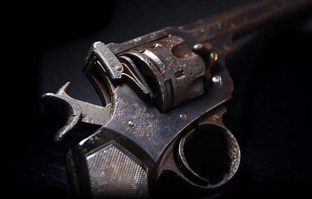 Револьвер ковбоев с Дикого Запада
