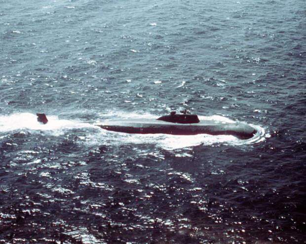 Советская атомная подводная лодка проекта 671 «Ерш» / ©US Department of Defence