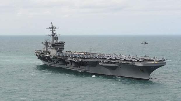Эсминцы ВМС США Roosevelt и Donald Cook патрулируют Средиземное море