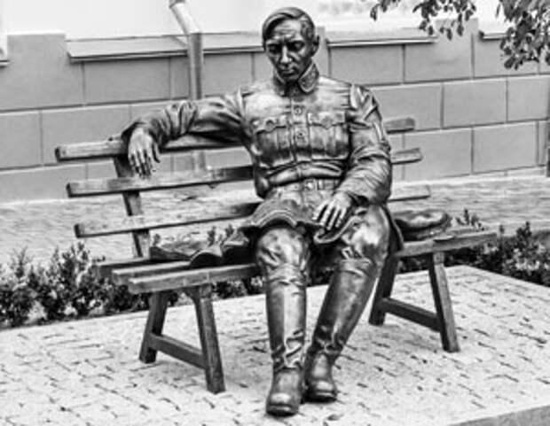 Первый памятник Петлюре был открыт в Виннице в 2017 году