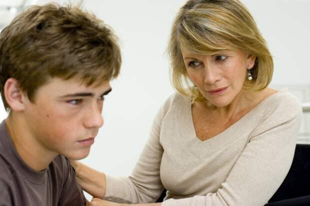 Сначала не поверила 15-летнему сыну, но разобравшись, зауважала как настоящего мужчину