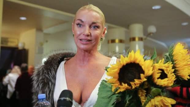 Волочкова объяснила резкое увеличение своего бюста