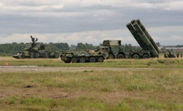 На границе с Украиной полная боевая готовность. Все зависит от Путина: Госдума готовится к заседанию.