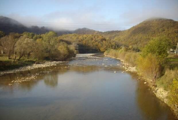 В Туапсе завели уголовные дела о загрязнении реки