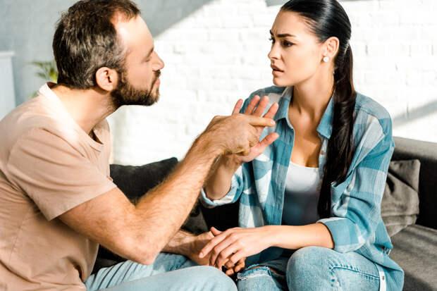 5 «безобидных» фраз, которые говорят о несносном характере мужчины
