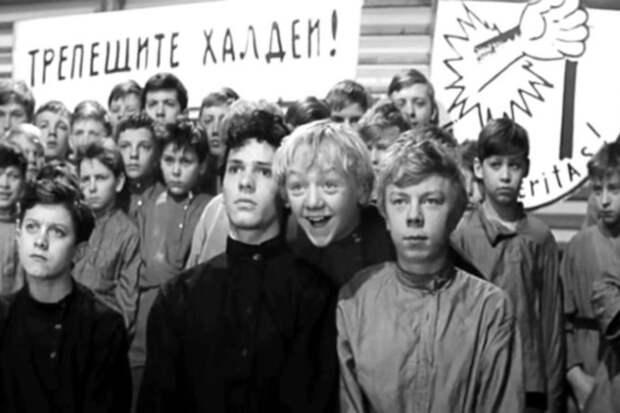 Ранняя слава, нищета и загадочная смерть Виктора Перевалова