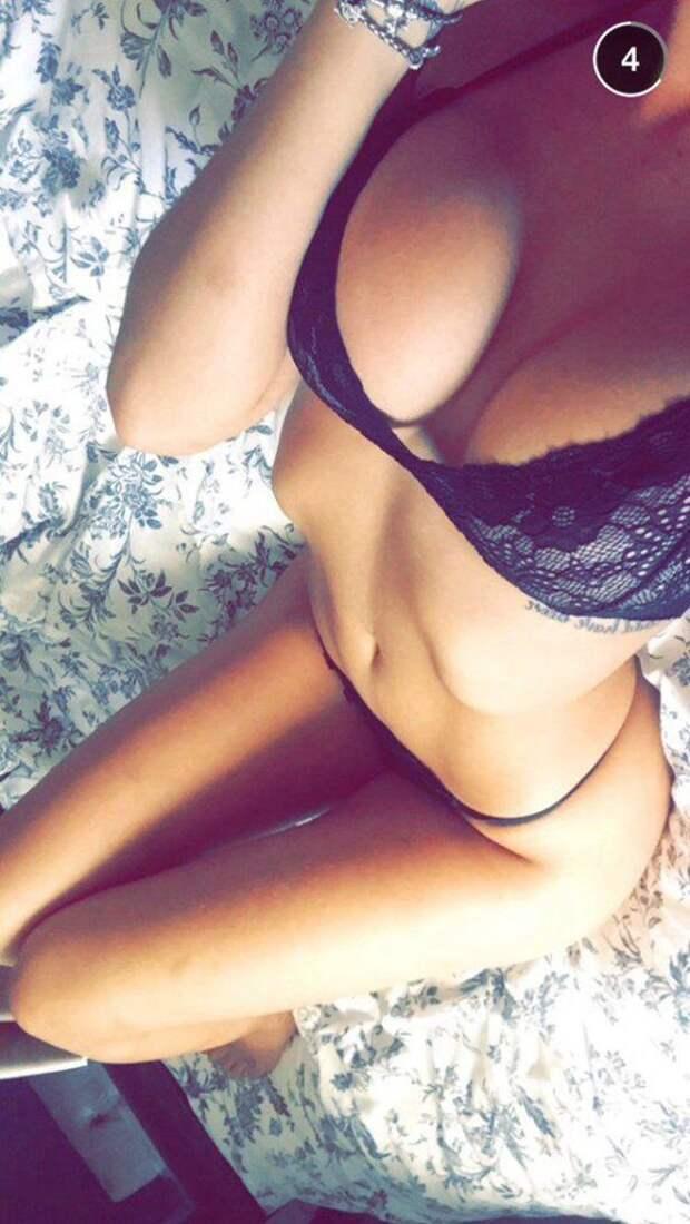 Красивые девушки с внушительной грудью