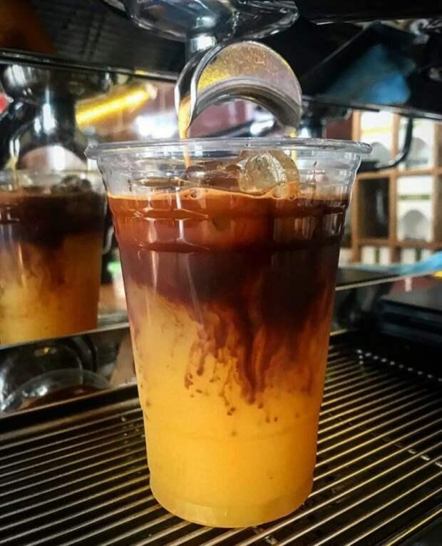 Какими напитками и продуктами можно освежиться в жару