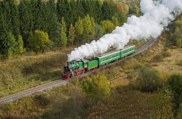 """""""Бежать из этой страны""""! - В путинской России железные дороги переходят на паровозы."""