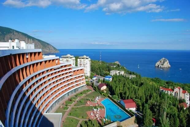 Стало известно, по какой причине пустуют некоторые отели Крыма