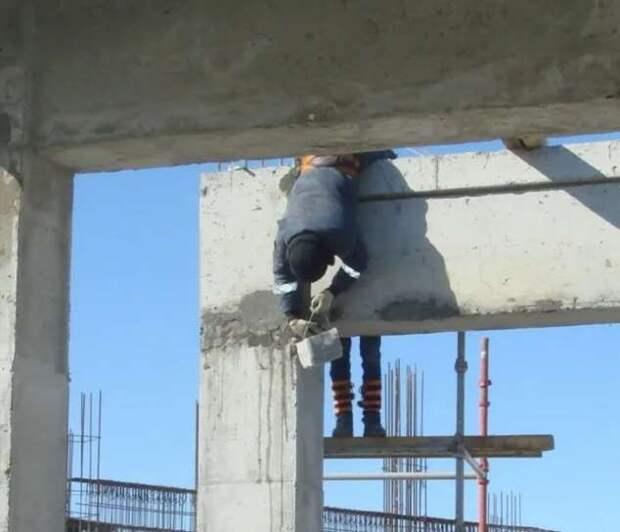 Строительные приколы ошибки и маразмы. Подборка chert-poberi-build-chert-poberi-build-34500617092021-17 картинка chert-poberi-build-34500617092021-17