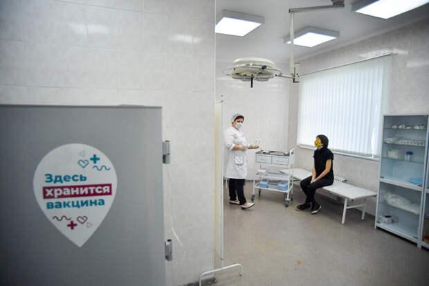 Каждому девятому россиянину отказали в работе из-за прививки