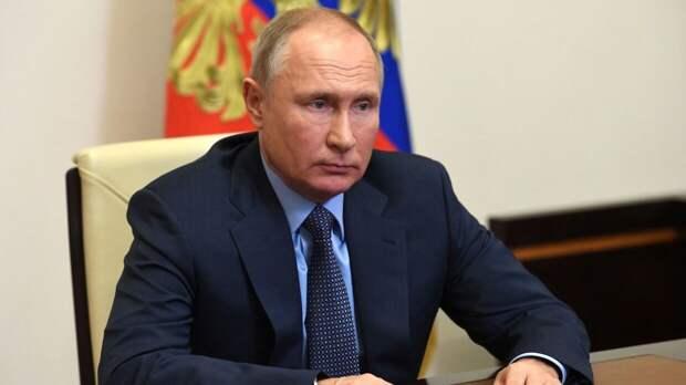 """Финские политологи усмотрели """"хитрую маскировку"""" в послании Путина Федеральному собранию"""