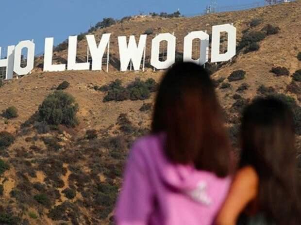 """В Голливуде построят алкогольный отель со """"спиртным"""" фонтаном"""