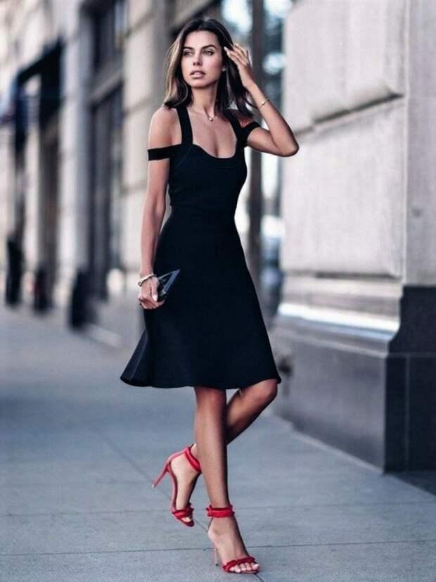 6 платьев, которым плевать на время – они всегда в моде