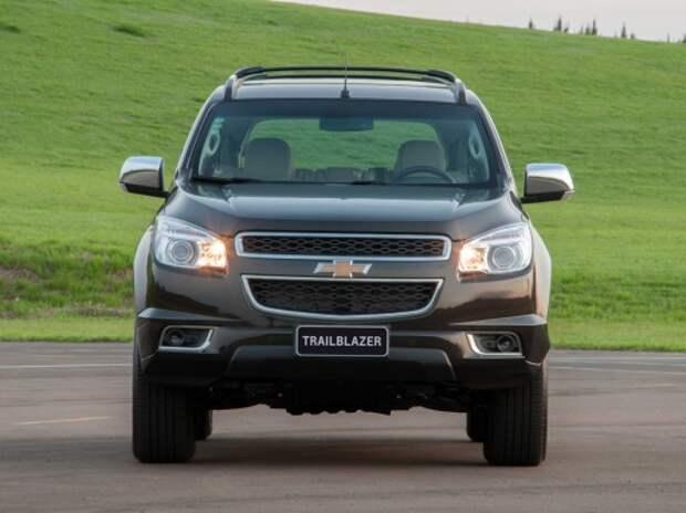 Chevrolet отзывает в России 3803 автомобилей Trailblazer