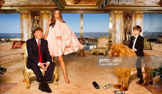 «Теперь они их удаляют»: СМИ узнали, что Мелания Трамп получила миллион долларов за опубликованные на сайтах снимки