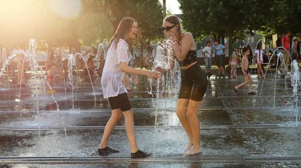 Синоптики спрогнозировали в среду пик тепла в центре России