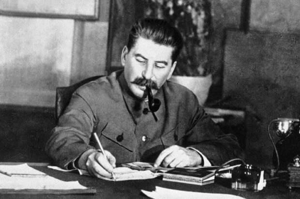 Откуда взялся миф о встрече Сталина и Гитлера во Львове?