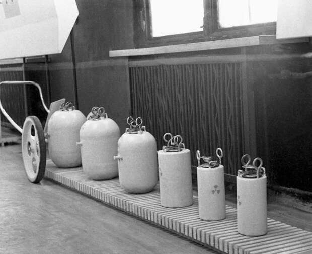 Как в СССР продавали радиоактивные вещества в обычном магазине