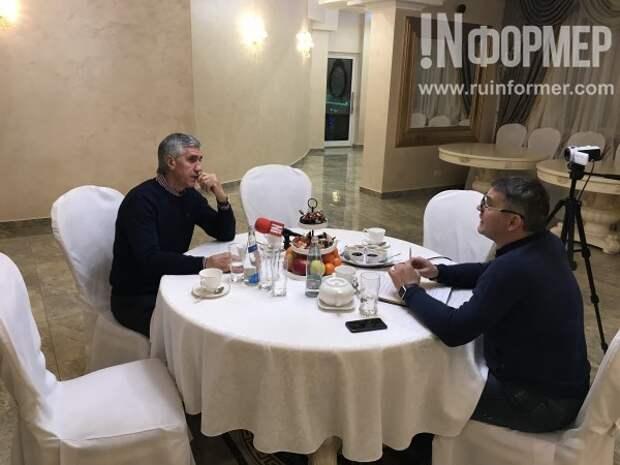 Анатолий Быков рассказал «ИНФОРМЕРу» о патриотизме, Крыме, знакомстве с Трампом и отношениях с Меняйло