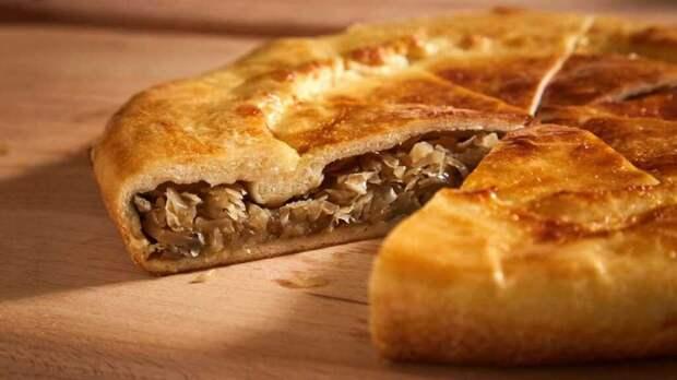 Пирог из гречневой каши и грибов
