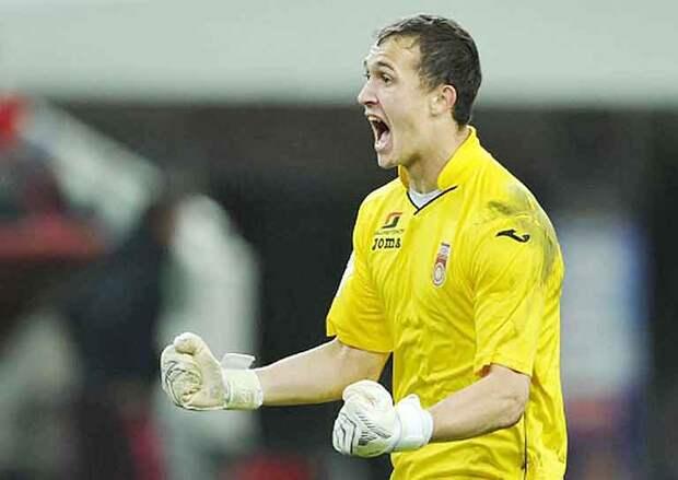 Семак резко обновил состав на игру с «Уралом» после матча в Брюгге